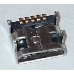 LG L90 D405, Töltőcsatlakozó