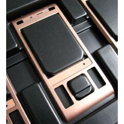 Sony Ericsson C905, Előlap, réz