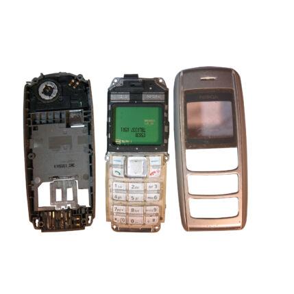 Mobiltelefon, Nokia 1600, ezüst (Bontott)